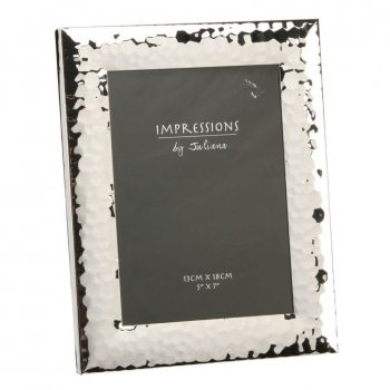 Hammered finish photo frame