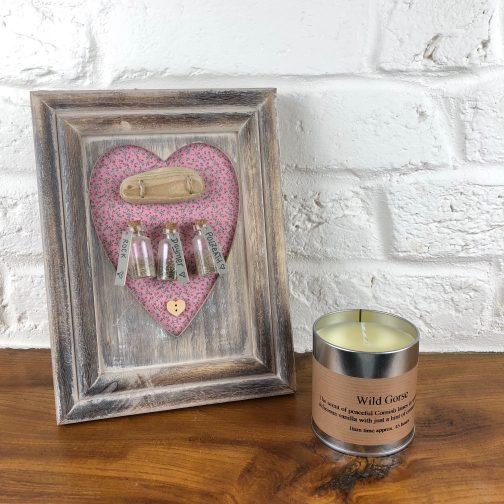 Cornish candle, handmade, handmade in cornwall, wild gorse, tin, candle in a tin