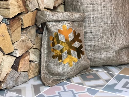 hessian gift back with gold snowflake