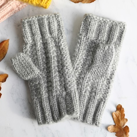 Ladies Grey Knit Handwarmers