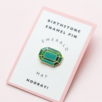 May Birthstone pin – Emerald