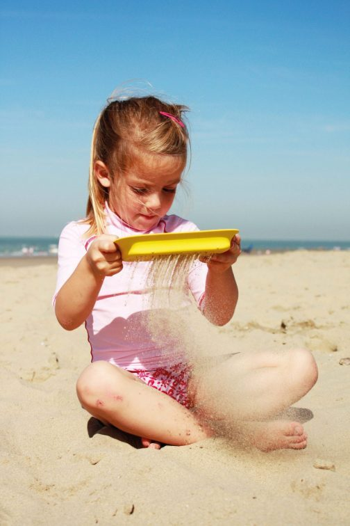 children's beach spade