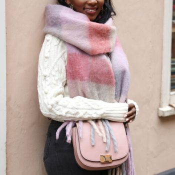 Oversize chunky knit scarf